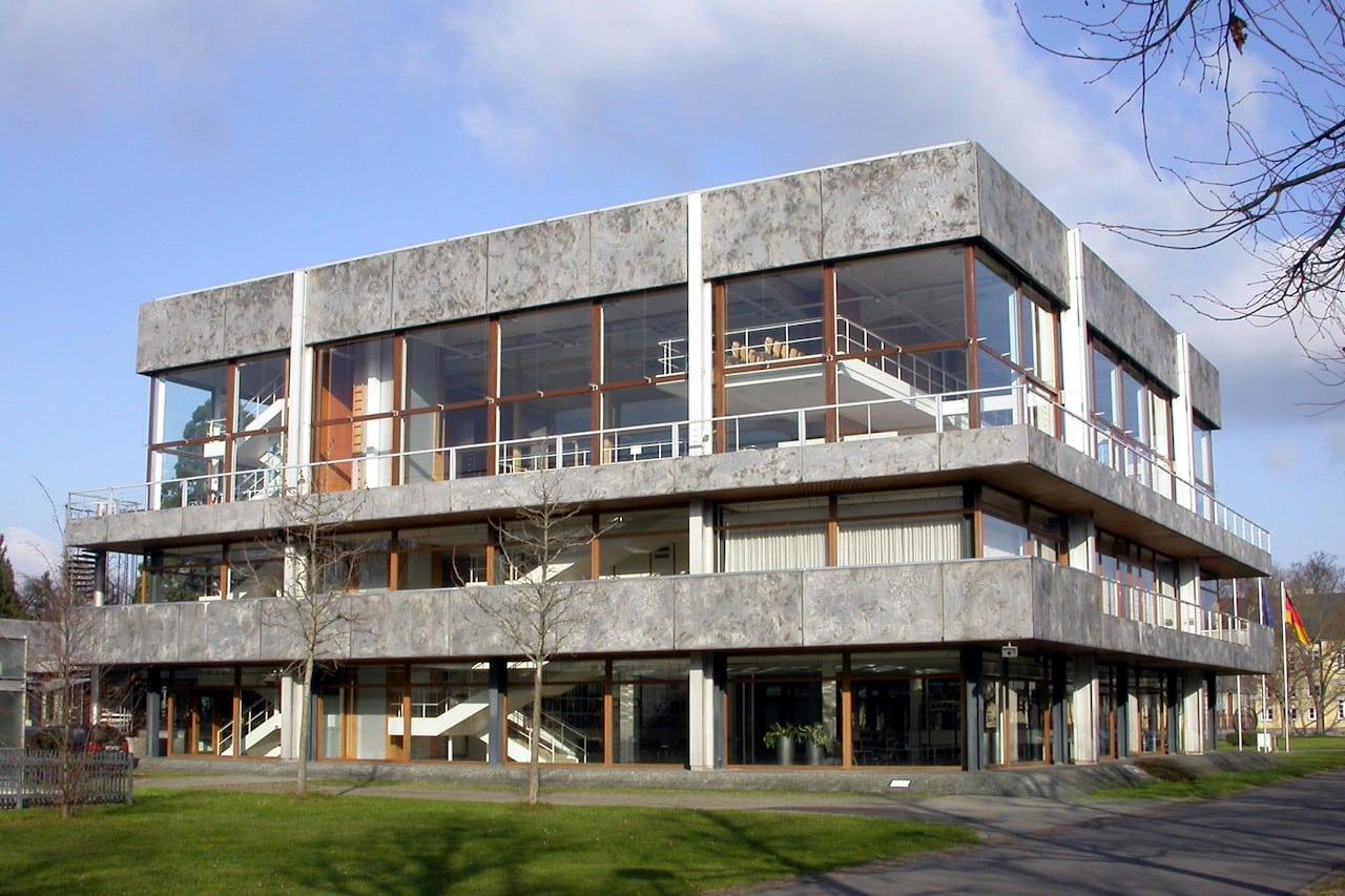 Bâtiment de la Cour constitutionnelle fédérale à Karlsruhe, Allemagne