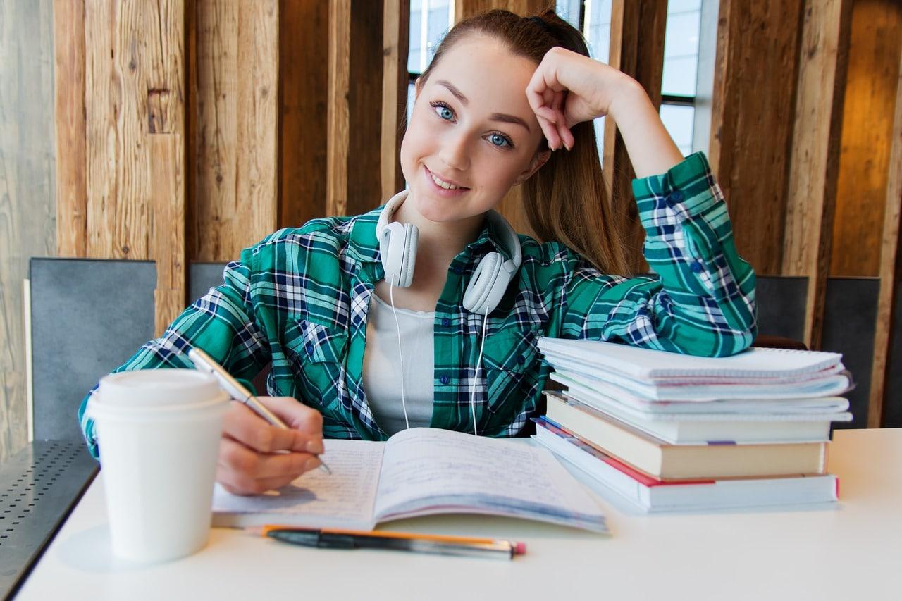 Un étudiant peut prétendre pour une rémunération minimum inférieure à la valeur du SMIC 2020